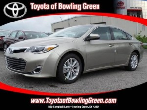 test drive the 2015 toyota avalon xle premium toyota of bowling green blog. Black Bedroom Furniture Sets. Home Design Ideas